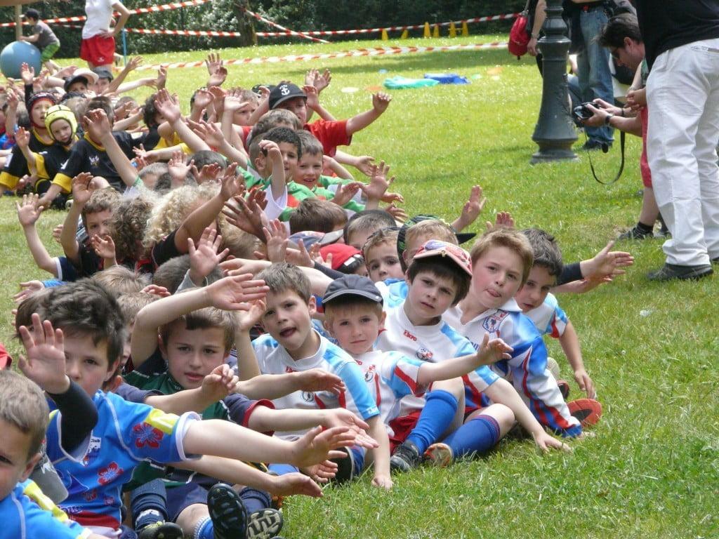 Lors du Challenge Claude Laurens, 150 jeunes de moins de 7 ans ont effectué un paquito géant (photo Domi Host)