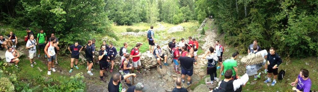 Tout le groupe du FCV à pied d'oeuvre pour une randonnée périlleuse
