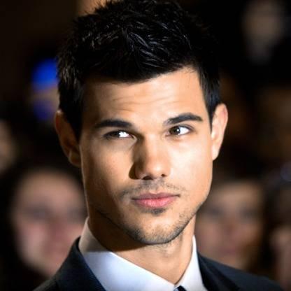 Taylor-Lautner-cute-photos