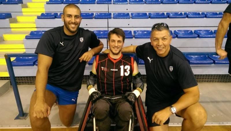 avec le nouveau club du Montpellier Handi Rugby (MHR) sous les yeux des pros et d'Abdelatif Benazzi.