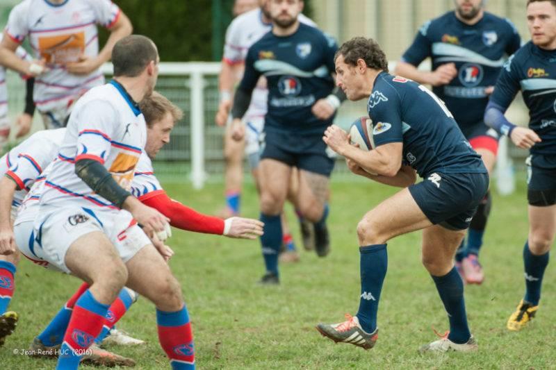 Vincent Igarza, ballon en main, à la manoeuvre (photo JR Huc)