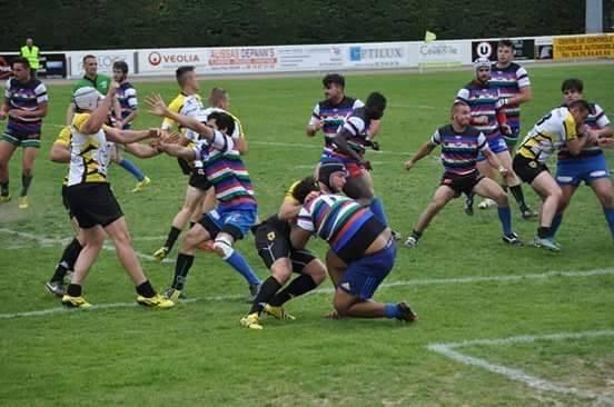 Des comportements qui n'ont rien à faire sur un terrain de rugby