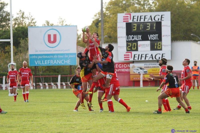 A huit minutes de la fin, tout restait possible pour Millau, mais le SOm devra se contenter d'un bonus défensif (photo l'ovalie de Valou) fcv