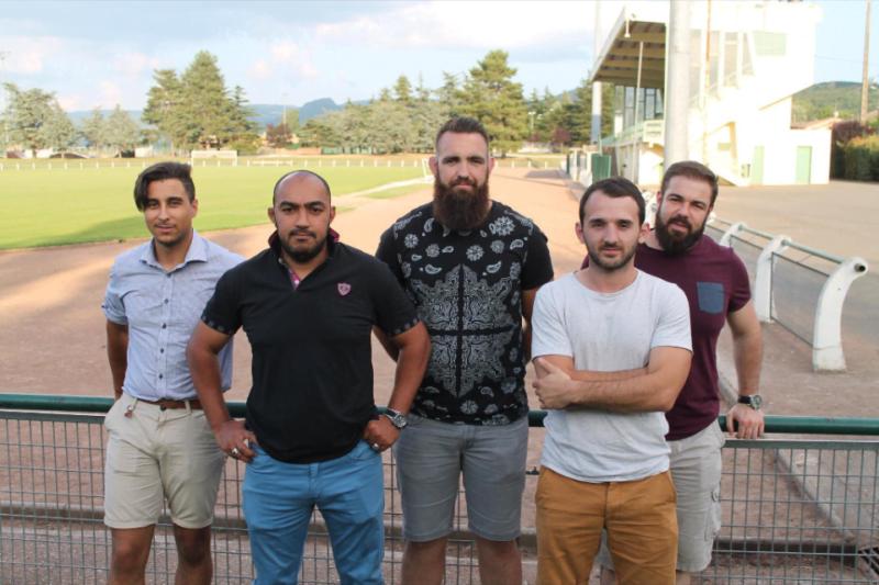 Quelque recrues pour la nouvelle saison de gauche à droite Adel Redouane, abdelhak Hamba, Sylvain Antequera-Atoch, Yven Barrau et Guillaume Prax