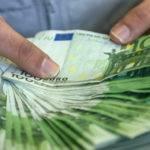 Trois gendarmes demantelent un reseau international d escroqueries et de blanchiment d argent