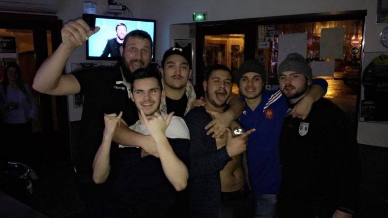 Les derniers joueurs de l'UCF XV à l'Oberge du fousseret après la défaite à saint Lys