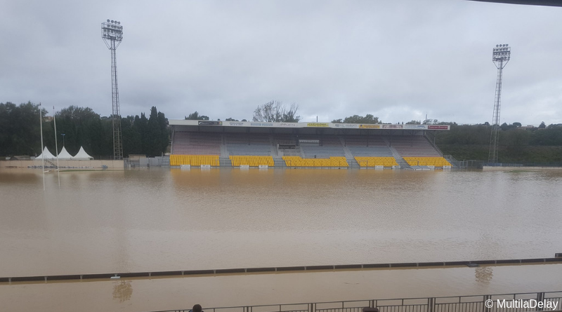 Stade Albert Domec inondé