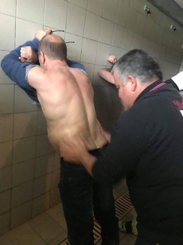 le président de saint jean du falga se fait masser avant le match