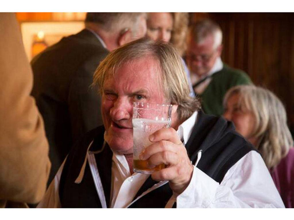 Gerard Depardieu ivre ne peut assister au festival d Edimbourg_width1024
