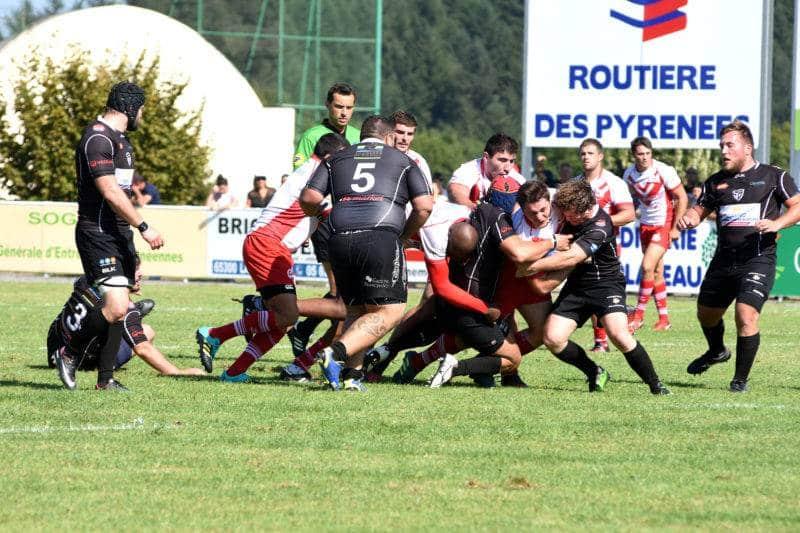 Olivier PUJO (maillot noir) SB à la lutte