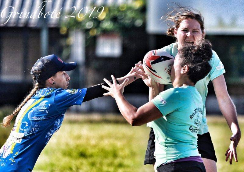 tournoi de rugby touch féminin sur le stade Abbé Dattas du XV Dionysien Saint Denis Ile de La Réunion