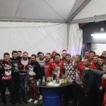 Les coquelicots invaincus accueillent une 9ème victoire avec de magnifiques pulls de Noël