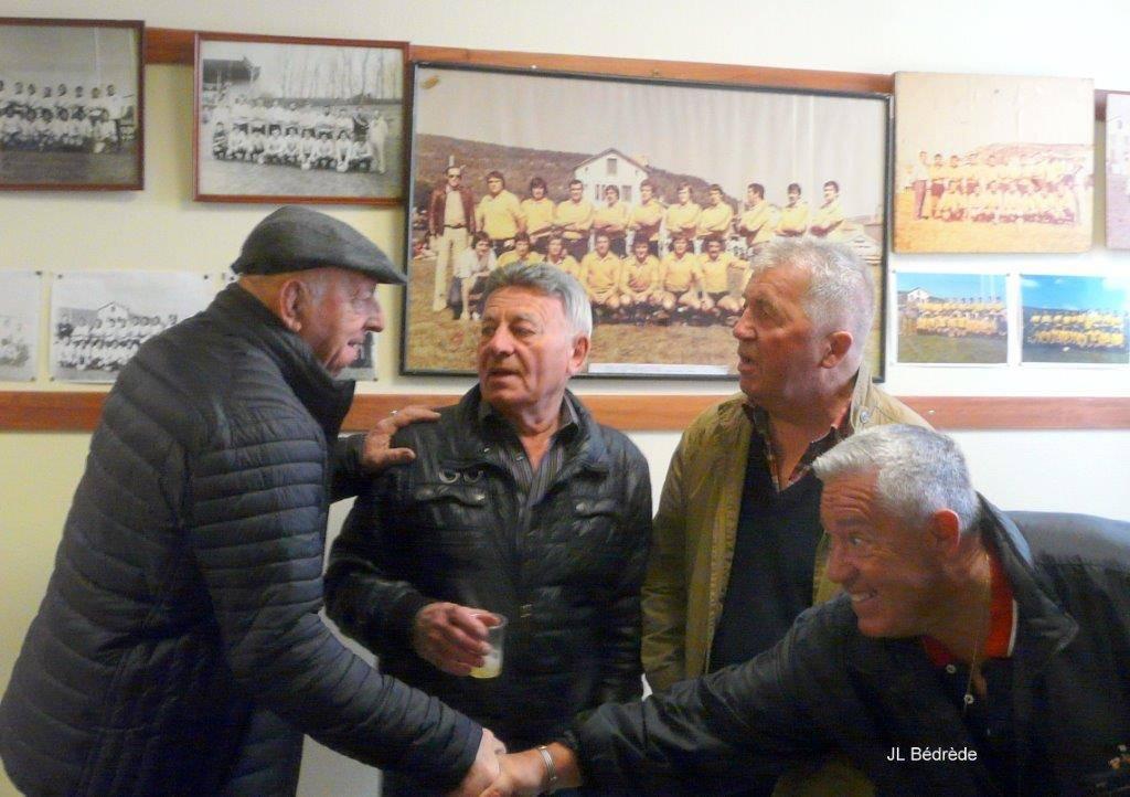 Match à Paul Bergère sous les couleurs jaune et noir en soutien d'Alain Roumieu