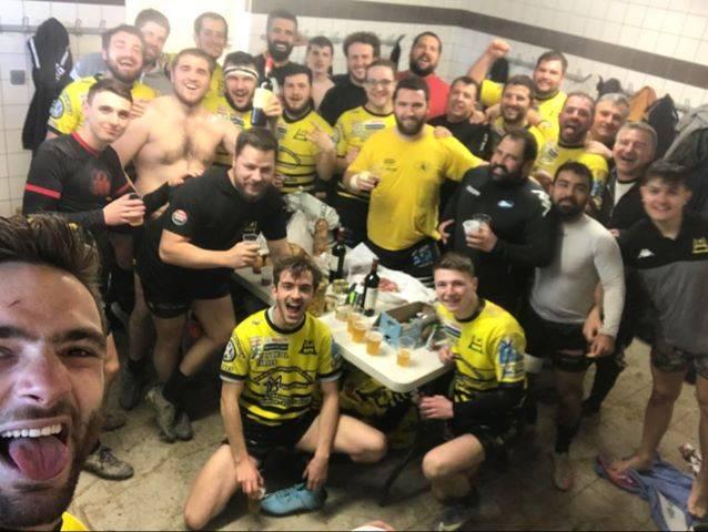 Victoire de la B de pouya avec le traditionnel goûter pour le dernier match de la saison domicile