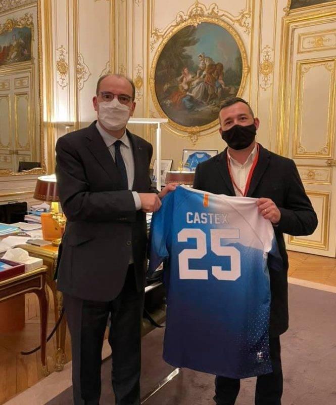 Un honneur d'être reçu à Matignon et de remettre un Maillot Français recyclé à notre premier ministre Jean Castex.